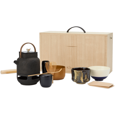 Outdoor tea ceremony set - box created using Kyo-sashimono cabinetwork with mini tea ceremony tea kettle